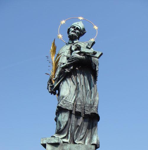 Статуя Яна Непомуцкого (Карлов мост, Чехия)
