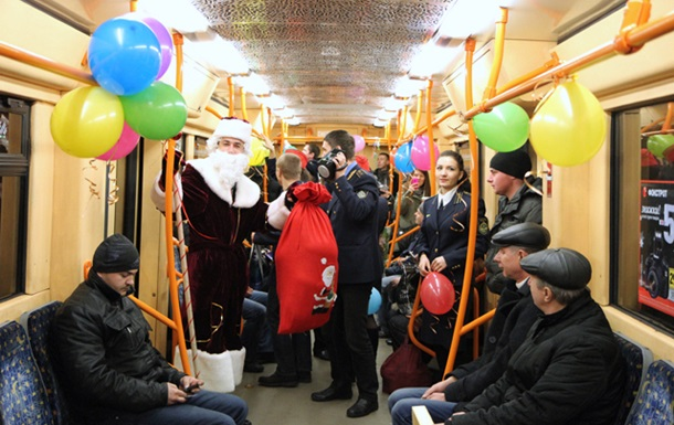 киев метро новый год