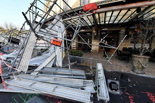 ураган в франции