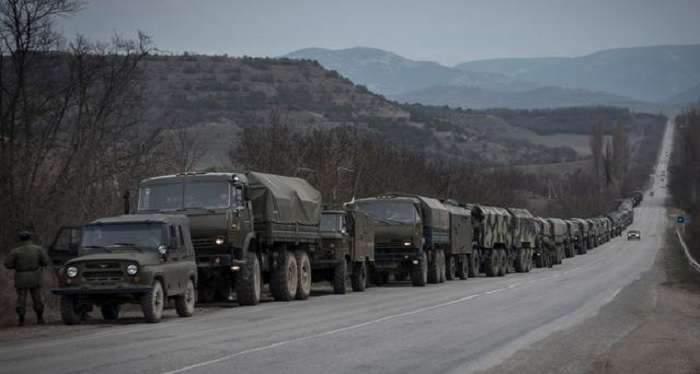 Оккупанты пригнали в Крым эшелон с военной техникой