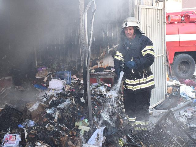 Пожар в торговом киоске