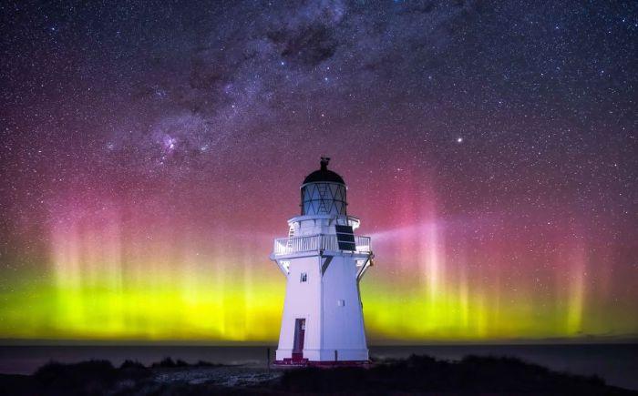 маяк ночь