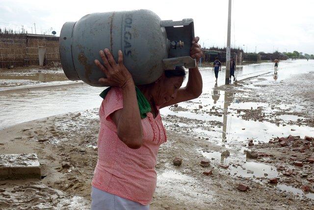 наводнение спасаются