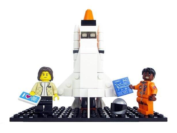 Новая серия мини-фигурок посвящена женщинам-астронавтам NASA— Компания Lego