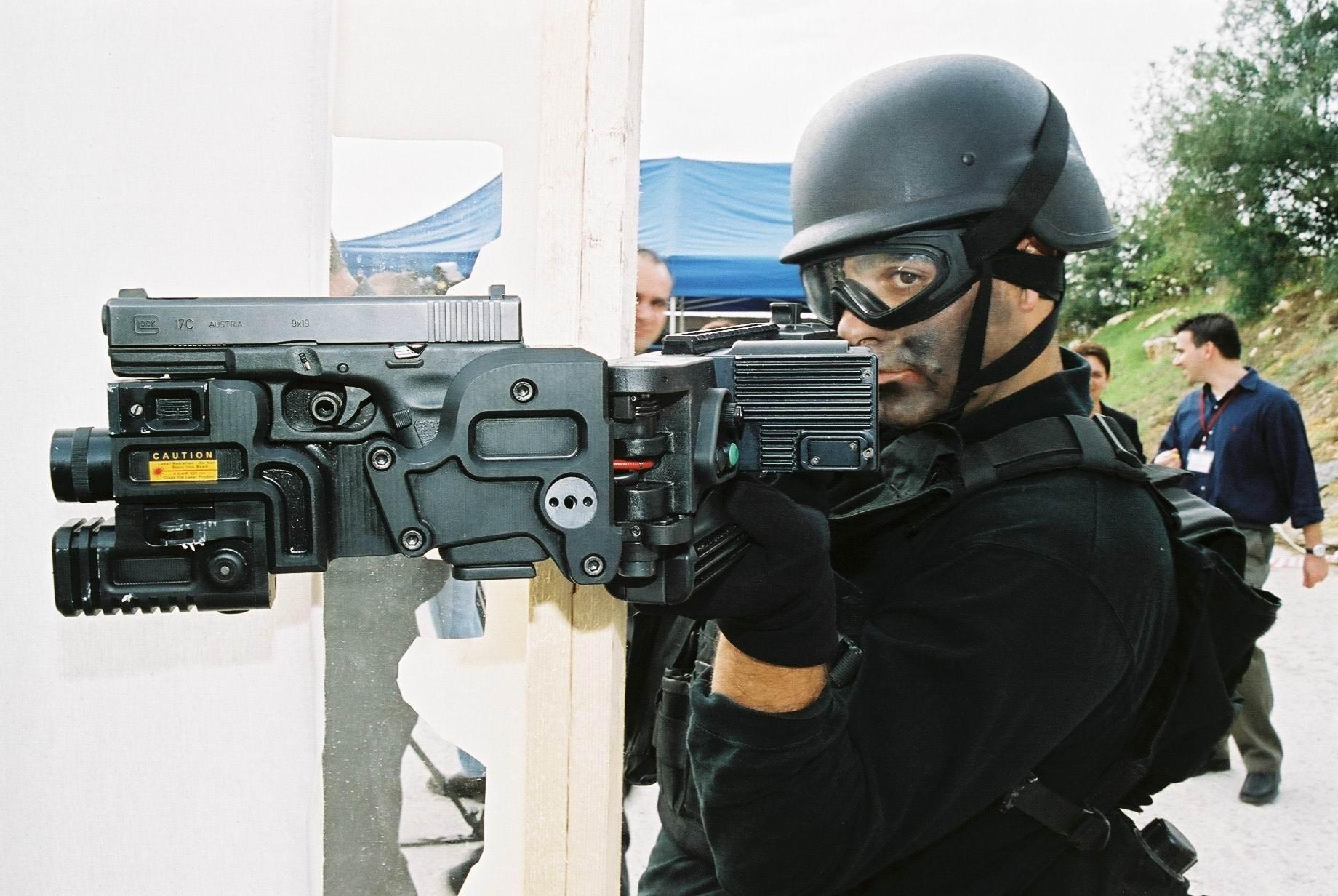 Corner Shot Launcher