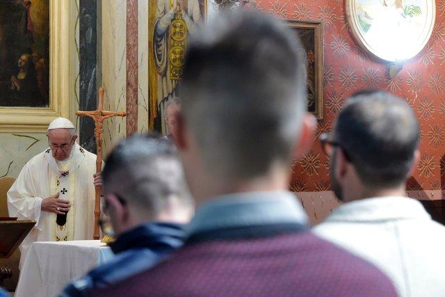 Папа Франциск в тюрьме