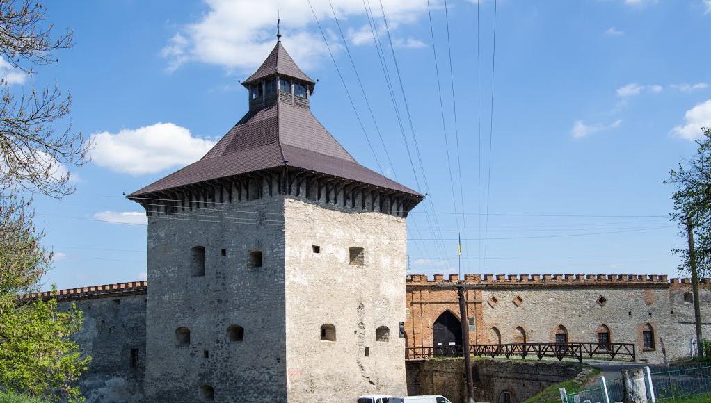 Рыцарская башня с обзорной площадкой