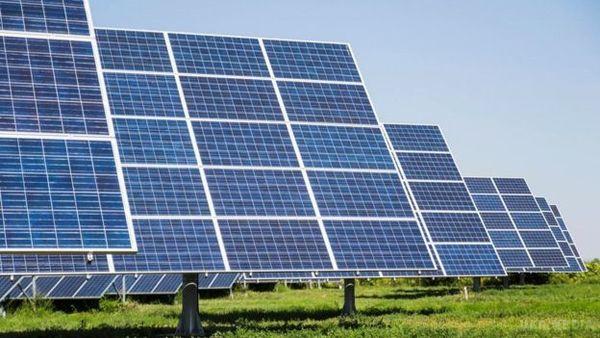 Взоне отчуждения ЧАЭС начали строить солнечную электростанцию