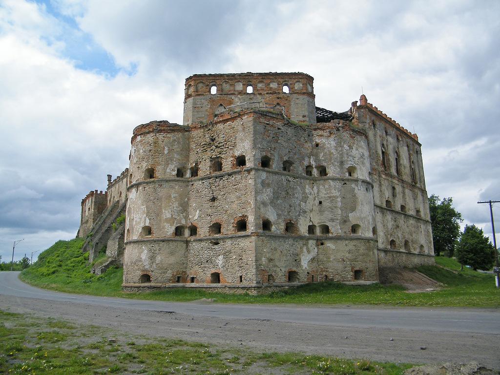 крепость-