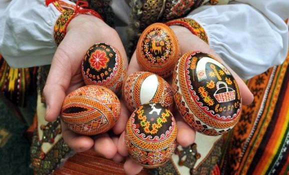 яйца крашанки