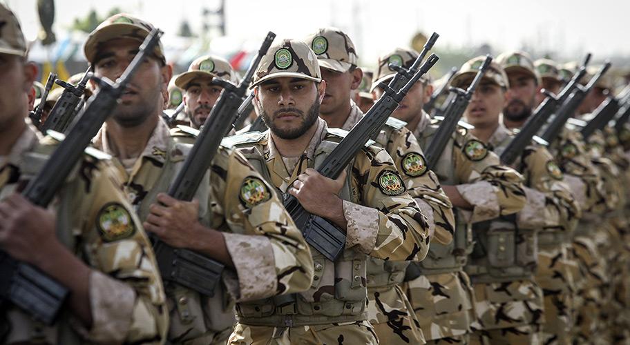 Асад отправил технику и войска к границе Ирака