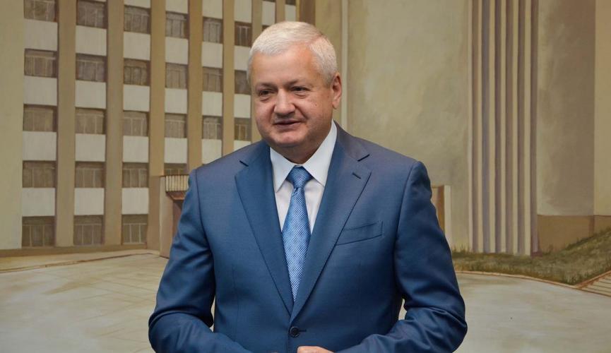 Виталий Глуховер