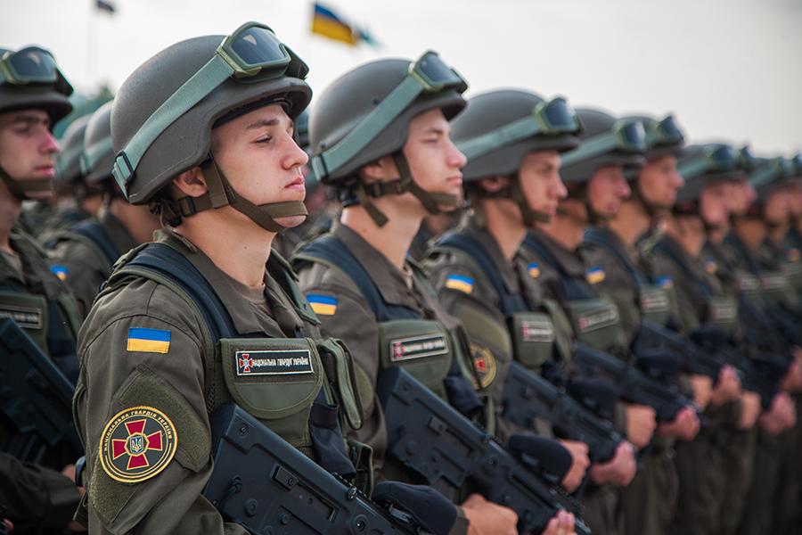 Нацгвардія - потужний військовий підрозділ, здатний надійно захистити країну від зовнішніх та внутрішніх ворогів, - Олександр Турчинов