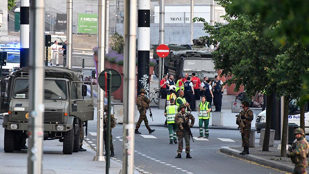 При убитом навокзале вБрюсселе отыскали сильную бомбу