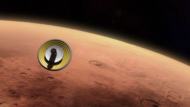 Илон Маск: запуск Falcon Heavy состоится кконцу осени