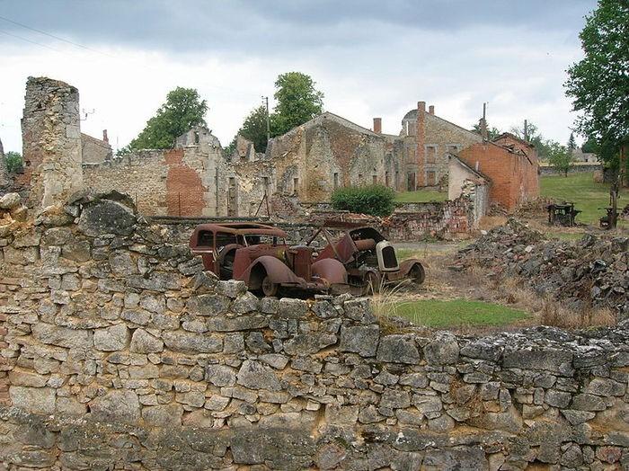 Орадур-сюр-Глан, Франция