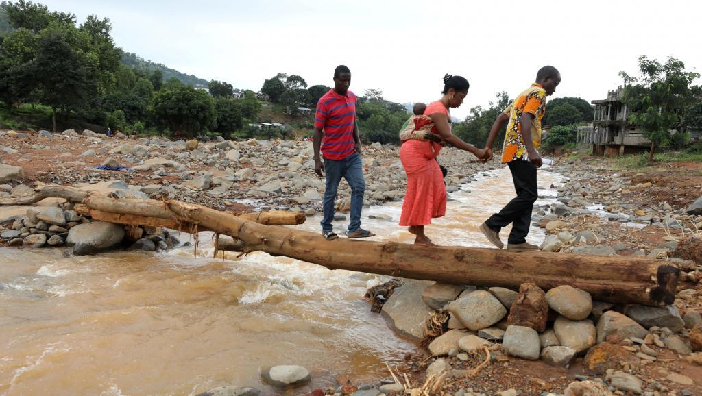 Количество жертв наводнений иоползней вСьерра-Леоне достигло тысячи человек
