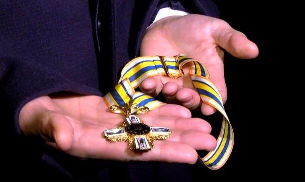 Порошенко обозначил государственными наградами экс-президентов Франции иГермании