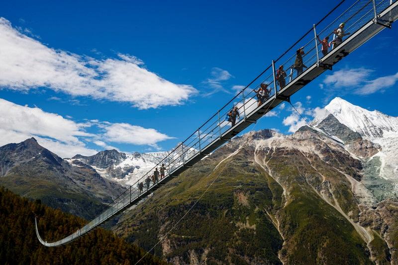 подвесной мост швейцария