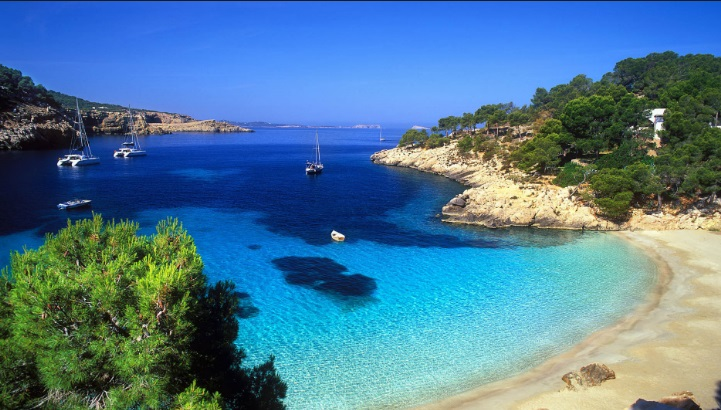 Guardian: Кипр распродает гражданствоЕС «направо иналево»