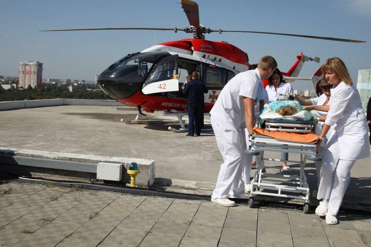 вертолет с больной