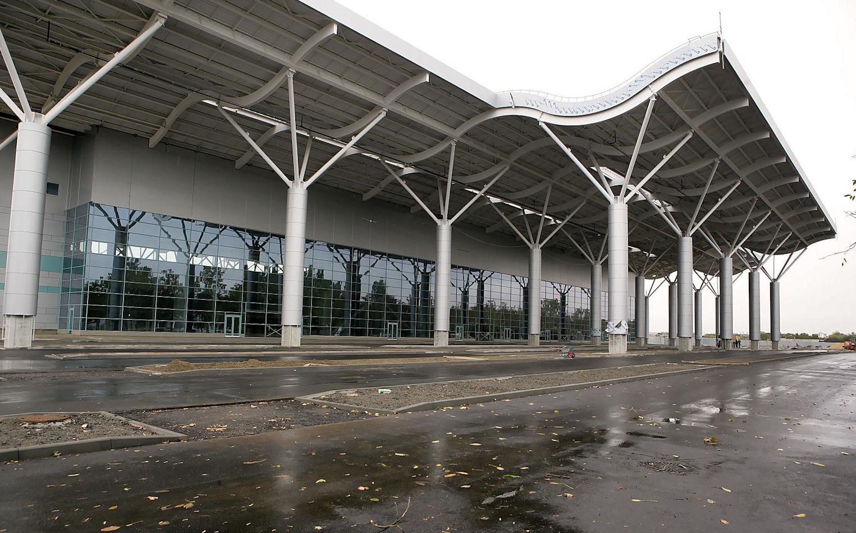 аэропорт одессаMAO_new_terminal_asphalt_6_0