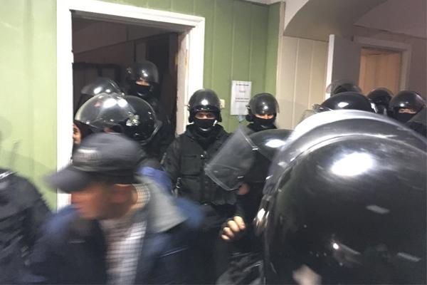 ВОБСЕ осудили избиение киевской полицией корреспондентов всуде