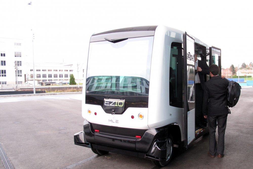 беcпилотный микроавтобус