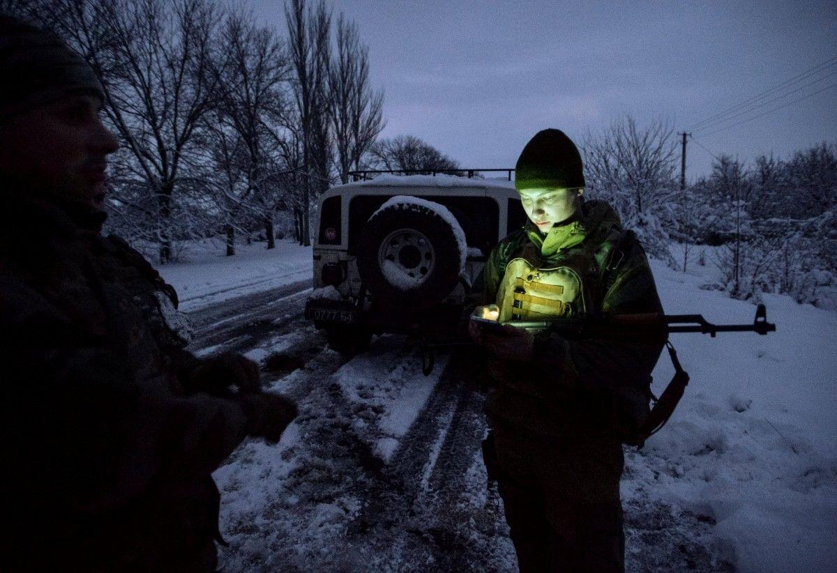Русские иукраинские офицеры пересекли линию соприкосновения вДонбассе— ДНР