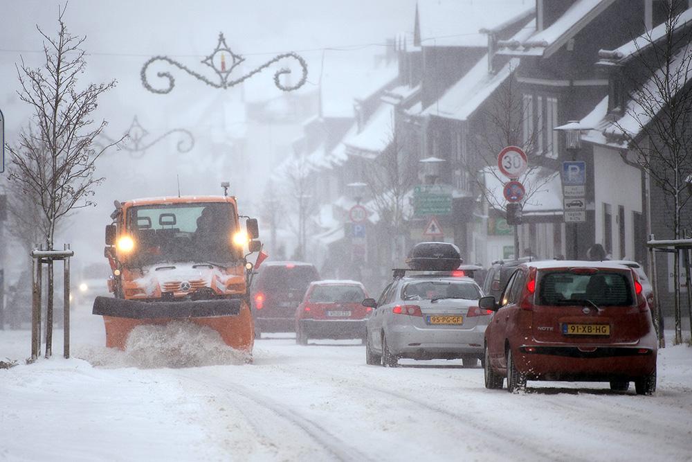 снегопад европа