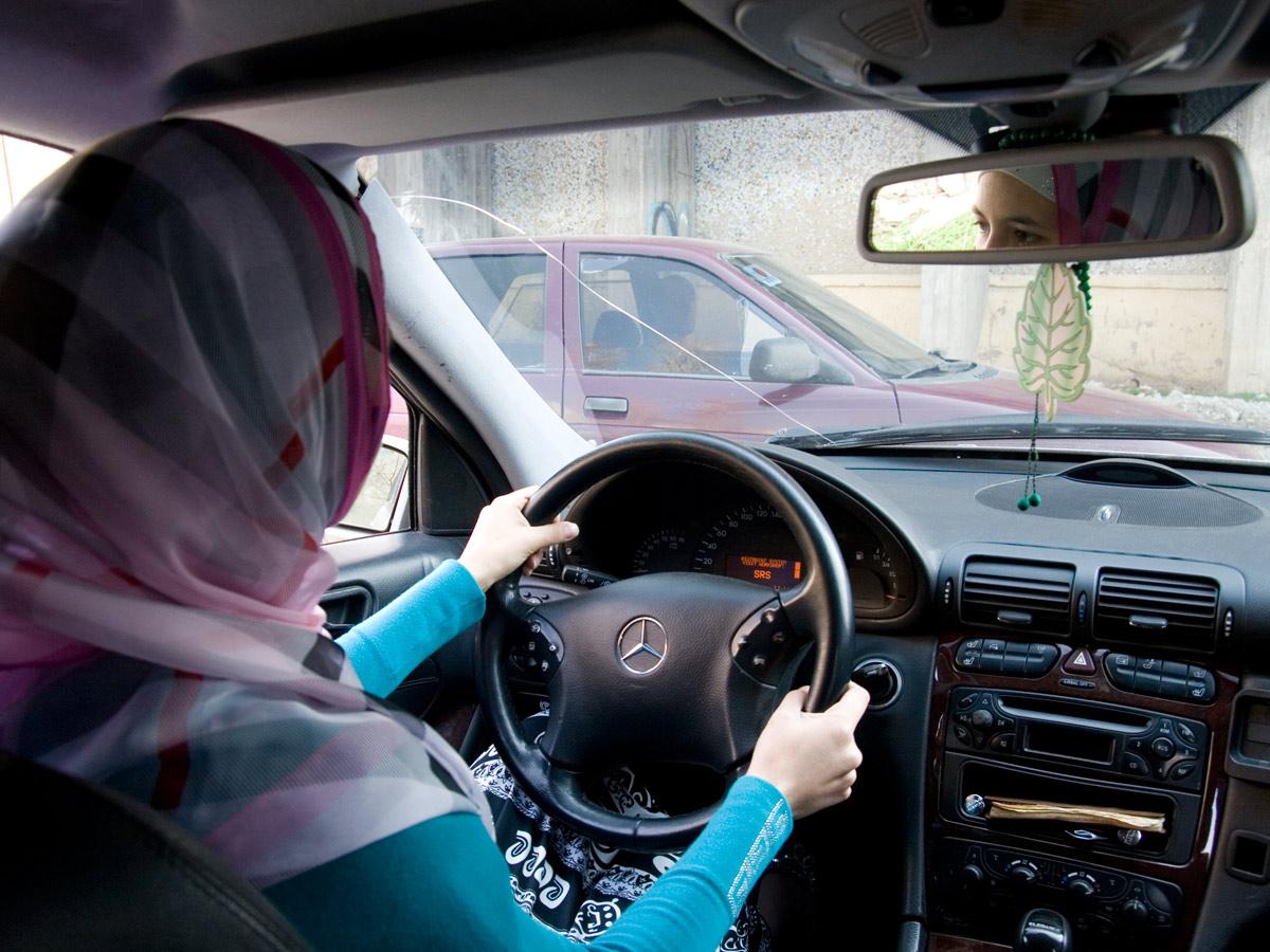 Женщина за рулем2