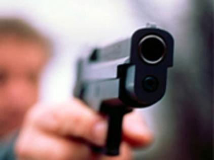 рука пистолет