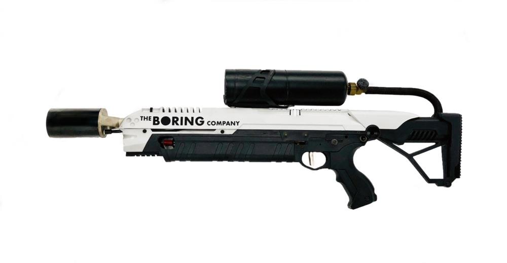 Илон Маск создал безопасный огнемет для зомби-апокалипсиса