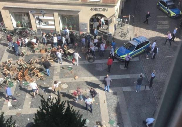 Немецкая милиция ищет взрывчатку наместе наезда налюдей вМюнстере
