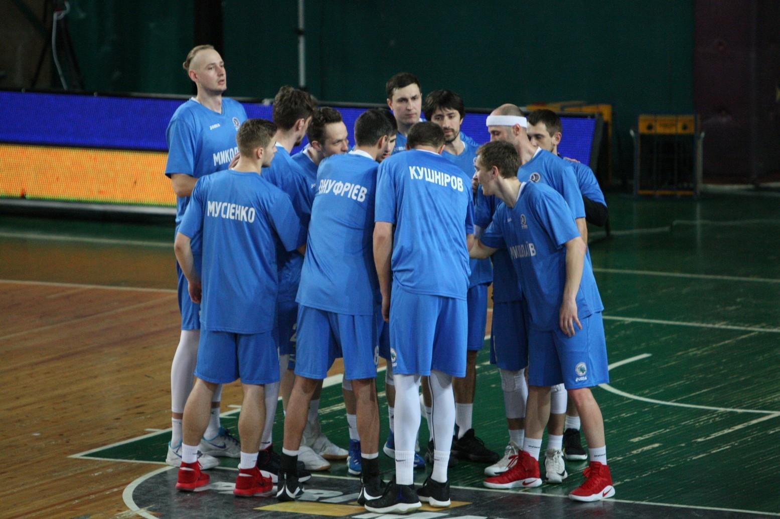 «Николаев» выбил «Будивельник» изрозыгрыша плей-офф Суперлиги