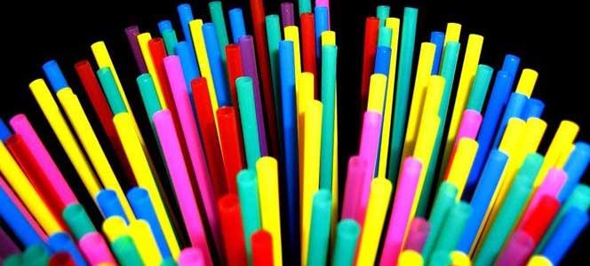 пластмассовые трубочки