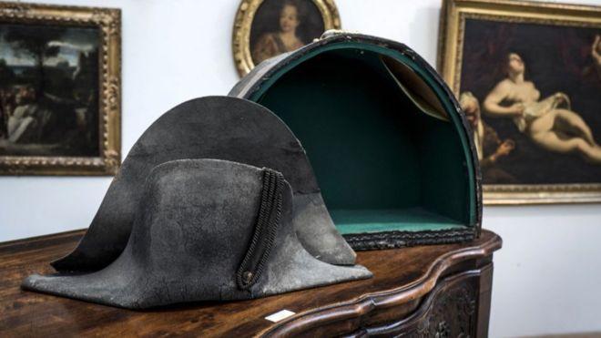 шляпа Наполеона