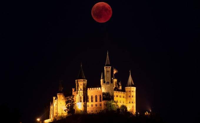 луна затмение