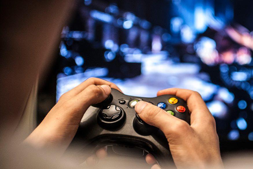 fea-video-gam-controller-e1507024587940