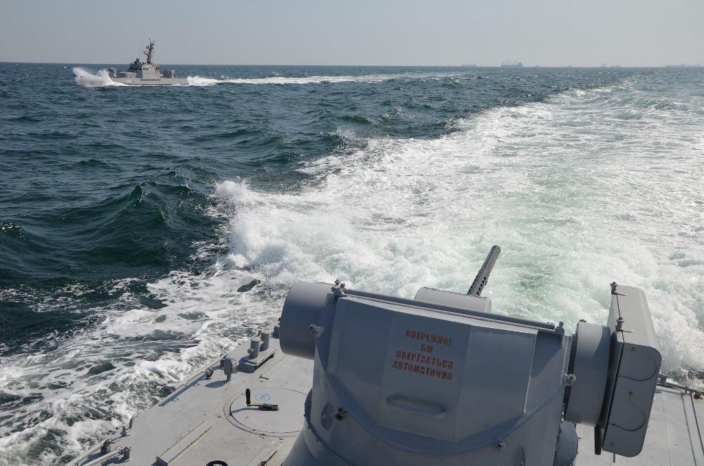 Украина захотела заблокировать морской подход вокруг всего очертания Крыма