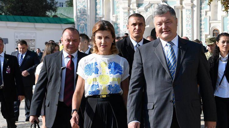 порошенко с охранной.