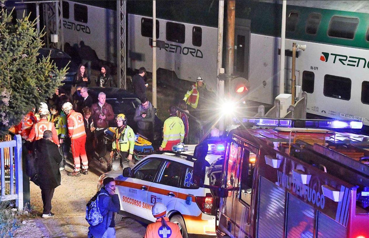 авария с поездом Италия