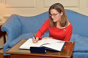 Canadian_Foreign_Minister_Freeland_Signs_Secretary_Tillerson's_Guestbook_(32405077100)