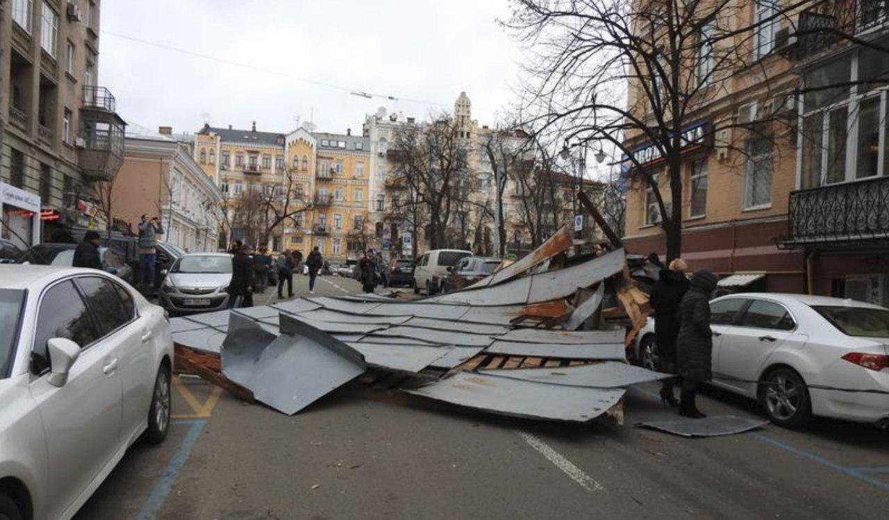 крыша в Киеве