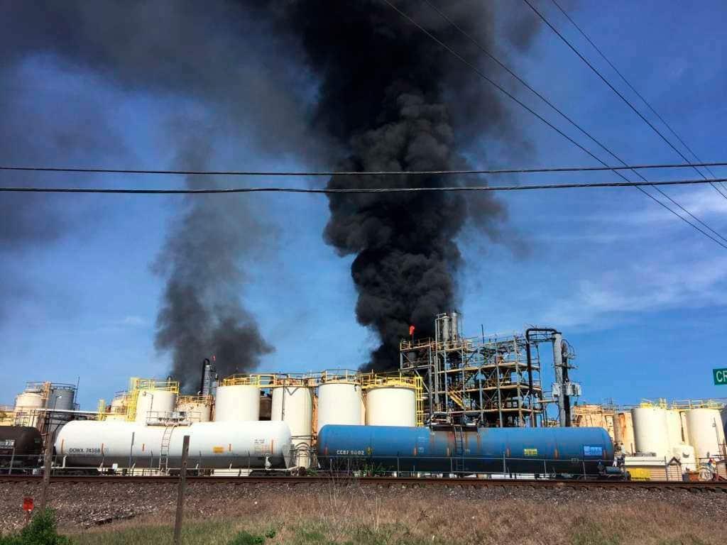 химический завод США