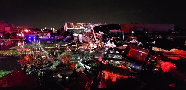 торнадо в Эль-Рено