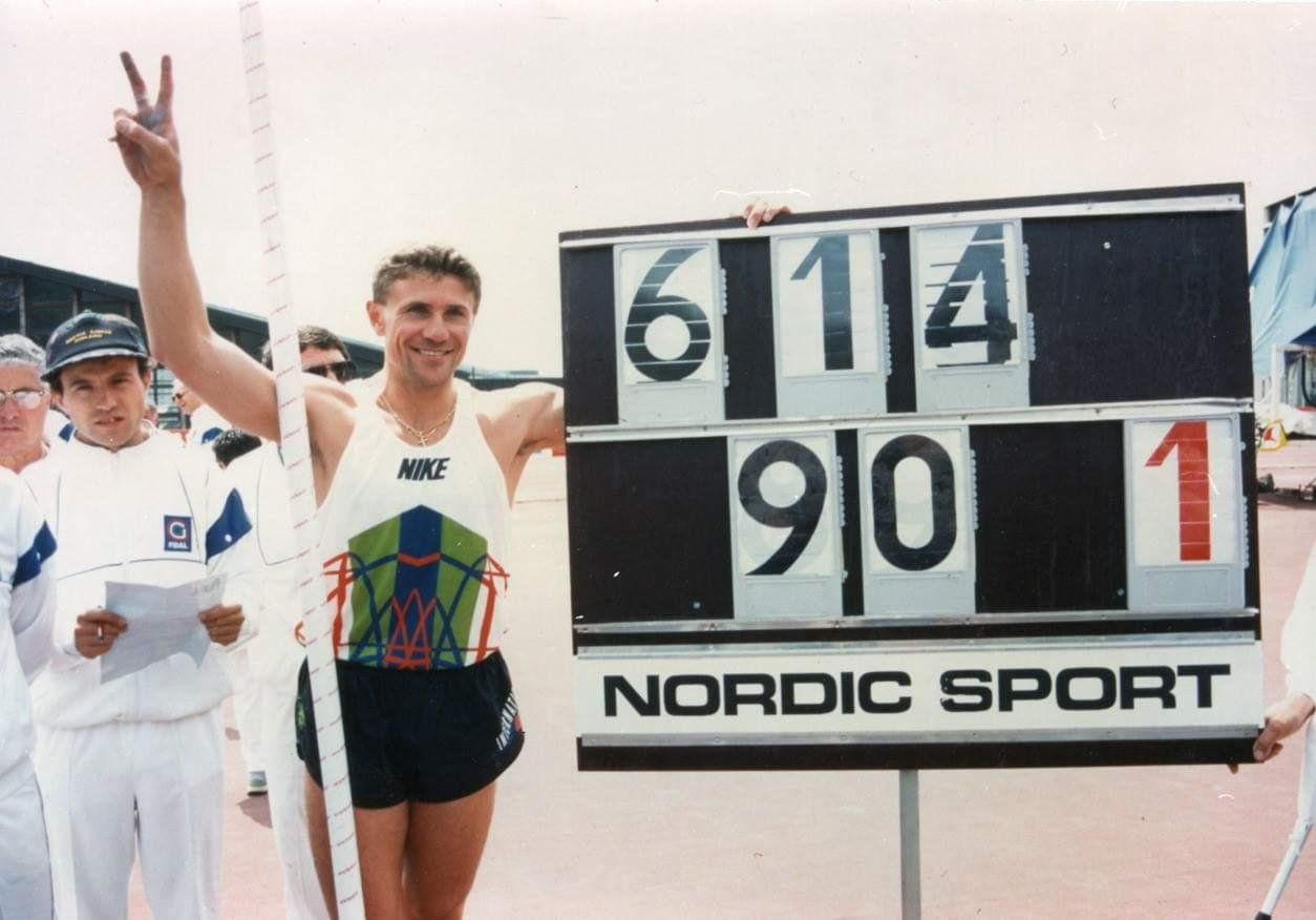 Картинки по запросу 1994 Сергей Бубка установил уникальный мировой рекорд по прыжкам в высоту с шестом