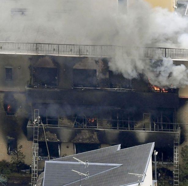 пожар в студии Япония