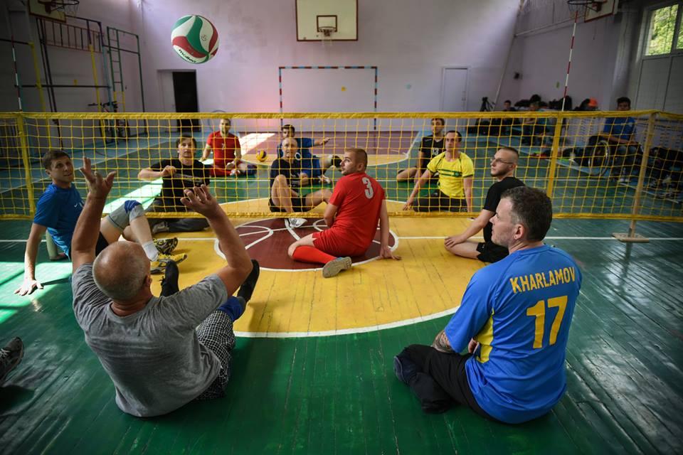 волейбол сидя