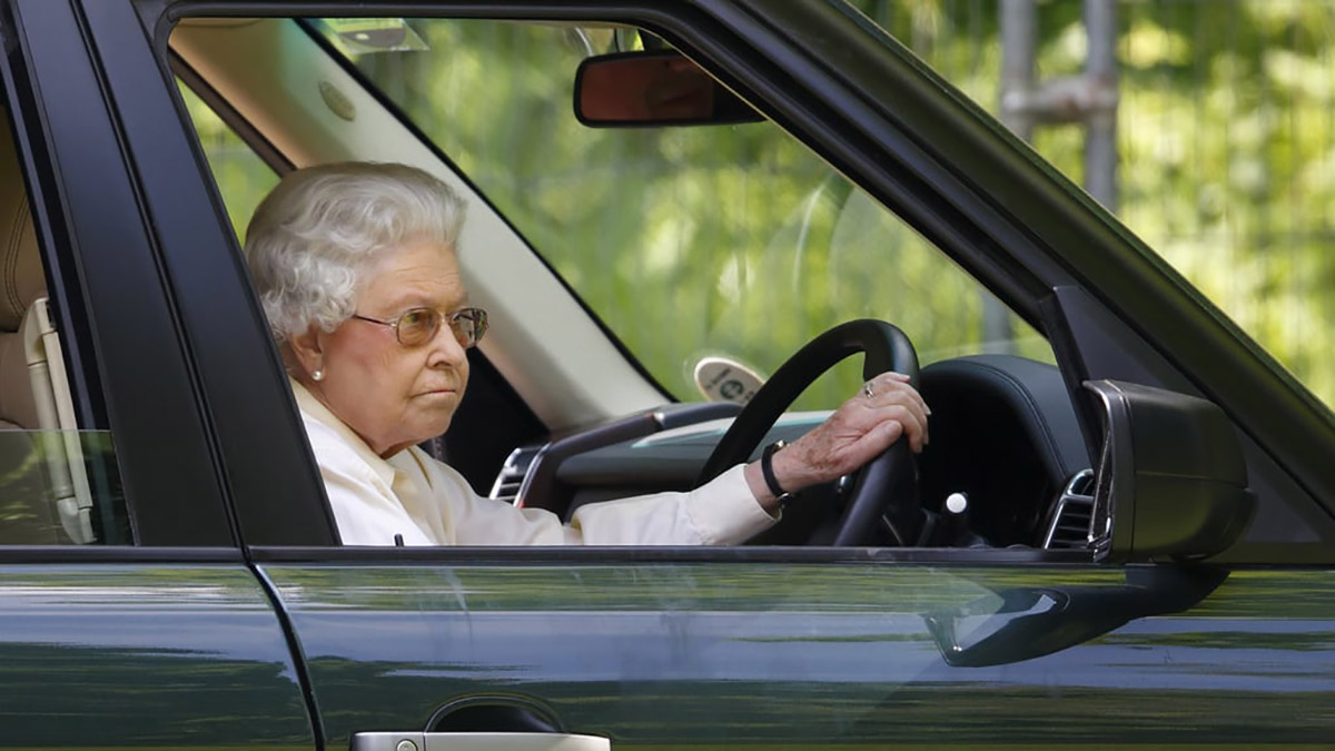 Елизавета водитель